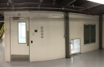 550 x 354 - GENE AND CELL CLEANROOM