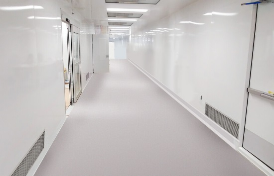 ISO 7 CLEANROOM FOR ELECTRONIC COMPONENT PRODUCTION (
