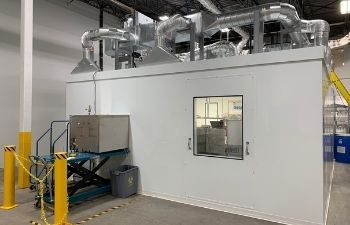 GMP Cell banking cleanroom (2)